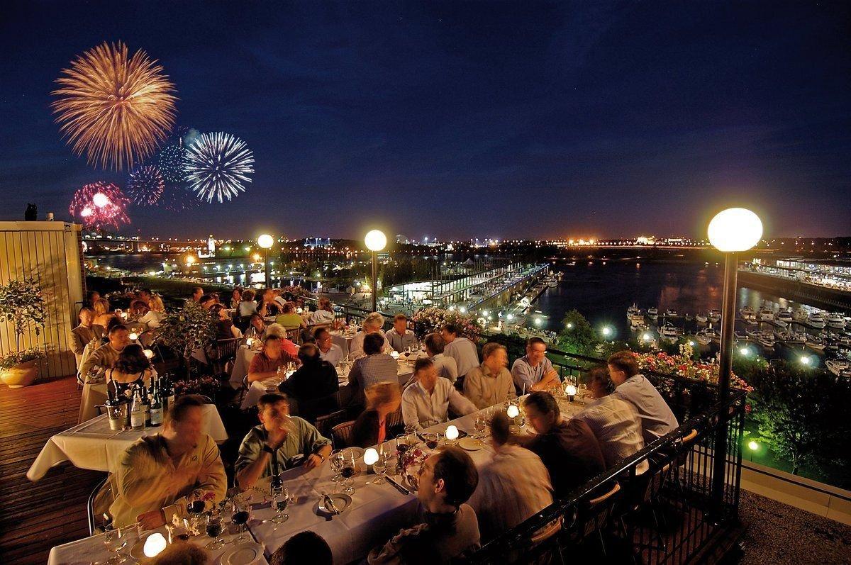 montreal-fireworks-festival-old-port
